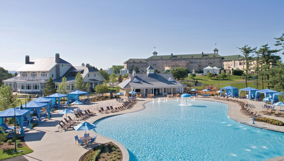 Outdoor Pool Complex: Open Memorial Day - Labor Day